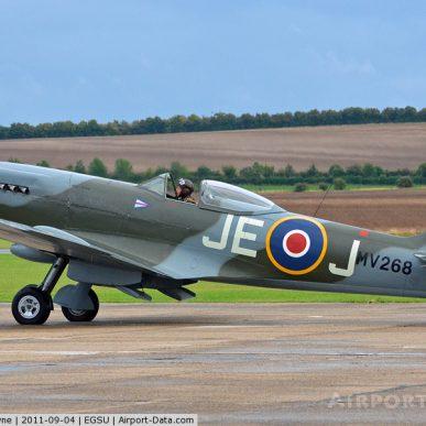 """Spitfire MK XIV <span class=""""focuspoint2"""">E</span>  <b>1/5 </b>"""