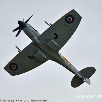 """Spitfire MK XIV <span class=""""focuspoint2"""">E</span>  <b>1/4 </b>"""