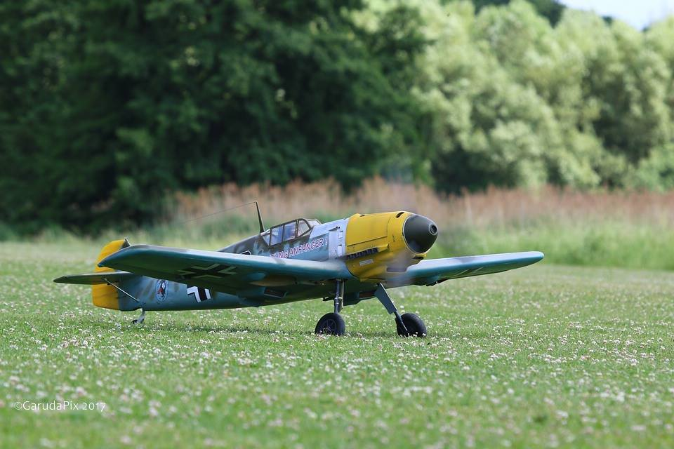 New pictures of Messerschmitt BF-109 E4 1/5 by Rolf Fritschi