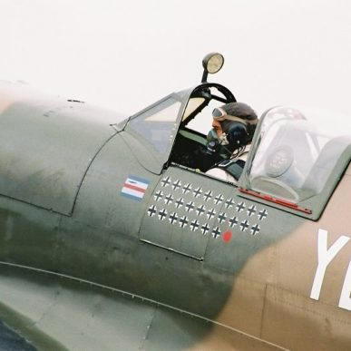 "Spitfire MK XIV <span class=""focuspoint2"">C</span>  <b>1/4 </b>"